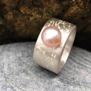 strukturring mit perle salasa